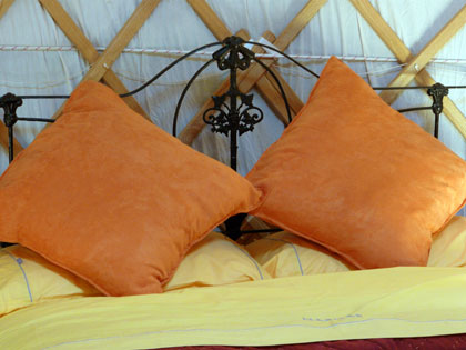 Yurt Inn - Yurt Accommodation
